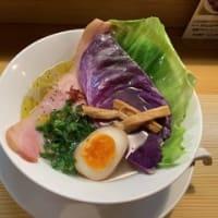 19113 麺屋ひろまる 本店@富山県南砺市 4月6日 彩りも見た目の大胆さも海外仕様!あそことは明らかに違うメリハリの利いた「ハーブラーメン」