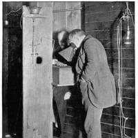 明日に向けて(1930)放射線は発見とともに深刻な被害を生み、労働者保護の目的で国際放射線防護委員会の前進の組織が生まれた-ICRPの考察2