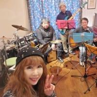 昭和フォークアコースティックバンドちゃきもこ   レンタルサロンつくし野TAMTAMでリハーサル
