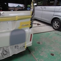 ホンダのホワイトパール2台!