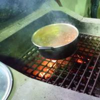 7月のこども食堂ハラクッチーは冷やしうどん、キャンプ場でカレーライス作り