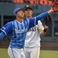 宮崎フェニックスリーグ 2日目 キャッチボール体験