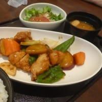 お子さまランチ 冷やし中華 ねばとろそば 鶏の黒酢和え定食