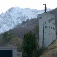 早春の安曇野・・・白馬村・・・長野県白馬ジャンプ競技場の風景