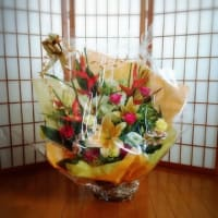 とってもきれいなお花を頂戴しましたー\(^_^)/