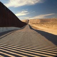 中国人民解放軍兵士25万人:メキシコとカナダの両国境から米国に侵攻?