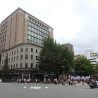 CAFE de la PRESSE ザッハトルテ