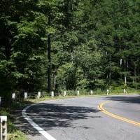 夏の始まりの峠道