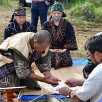 アイヌ伝統のサケ捕獲 道から許可、自作丸木舟で川に【浦幌】