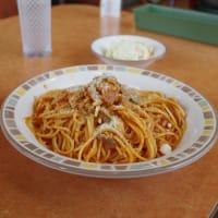 サイゼリヤのスパゲッティのランチ