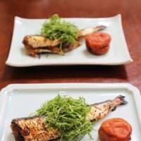 鶏の照り焼きと春の惣菜