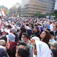 インドネシアの選挙結果、抗議デモが一部暴徒化、6人死亡!