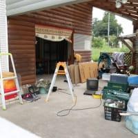 毎日毎日倉庫のガラクタ整理です。