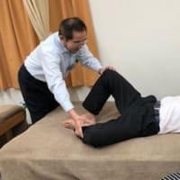横座りができないときの骨盤矯正:ツボを使った矯正法