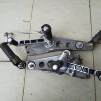 RZ250のBEETのプロポジションのブレーキペダルの違い