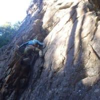 日和田へ岩登りトレーニングしに行ったはずなんですが、結局登らずに山歩きしてました