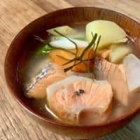 【アニメ飯レシピ】『ゴールデンカムイ』の「オハウ」上ル♡女子力レシピ