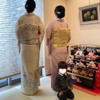 令和3年2月28日出張着付は河内長野市、訪問着お二人の着付&ヘアセットのご依頼でした。