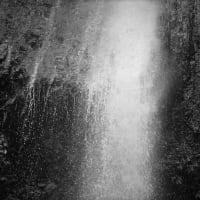 飛沫、滝の涼