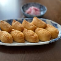 お昼ごはんはパッタイ(タイの焼きそば)