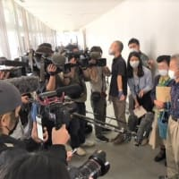 具志堅隆松さん、県議会で堂々の陳述。お二人の遺族の方も、当時の凄まじい体験から南部からの土砂採取の中止を訴え!