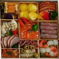 お正月に撮った写真は「おせち料理だけ・・・(^^ゞ」