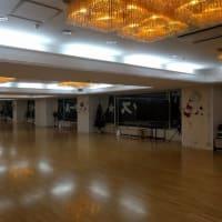 金曜日20時からの中級サークル(福岡市社交ダンススタジオ・ダンススクールライジングスタースタッフより)