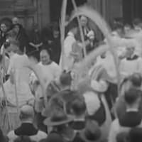 1935年のロンドンでの枝の主日の動画です