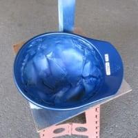 ヘルメットに色を塗る クリアで仕上げ