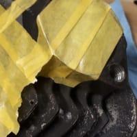 ショベルのマフラー取り付け部ネジ山修理