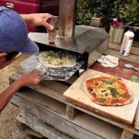 スタッフNくんの手作りピザ
