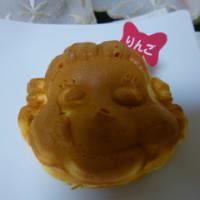 神楽坂・不二家のペコちゃん焼き