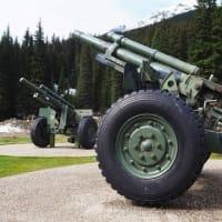 12、カナディアン・ロッキーツアー。雪崩を防ぐ雪圧調整の大砲が あるとは知らなかった。