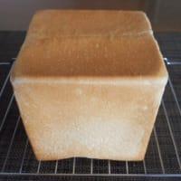 キューブ食パン
