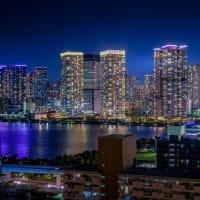 世界の摩天楼~虹色に輝くビル群たち~