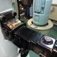 潜望鏡はニコン製