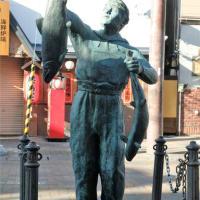 峰村哲也「漁師」 釧路の野外彫刻(46)/遠軽→北見→釧路。2021年10月9日は3カ所(6)