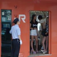 103系 大阪環状線での1シーン 【西九条駅:大阪環状線】2014 .AUG