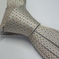ネクタイの全長