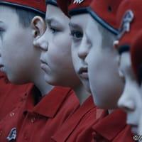 ロシアの軍国少年・少女たち