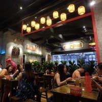 何度行っても全部美味しい、大繁盛のお店:  ミッバリーにも、Jaya Oneにもある「House of Pok」。