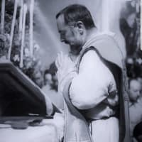 2月23日(火曜日)天皇誕生日 午前11時00分 いつもの曙町のミサ会場で ミサが捧げられます