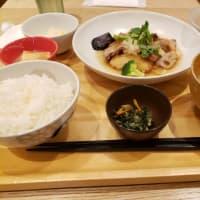 """新井貴浩さんの""""ただありがとう""""を読んで、おいしい物食べて気分転換の雨の日"""
