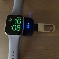 説明に書いてある通りでした、この充電器はApple Watch4に使えません
