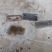 先週の嵐で壊れたシャッターの修理・・・