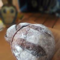 季節酵母パン『ココア・カシス丸』販売終了しました。今年もご利用をありがとうございました。