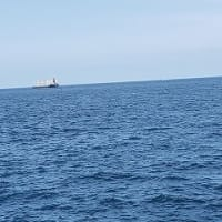 県外移動の自粛の要請が出ている中、浜田に釣に行ったが魚がまだ自粛中だった
