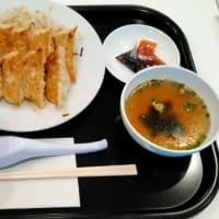 富士山静岡空港で昼食中