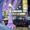 JR博多駅前広場の「光の街・博多」