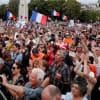 仏で接種促進反対デモが拡大20万人超、コロナワクチン